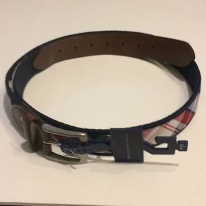 NWT Tommy Hilfiger leather cloth belt red white L